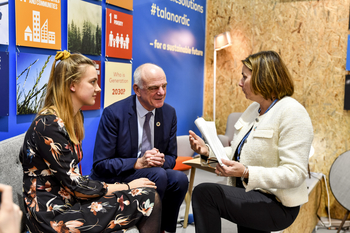 Isabella Lövin, David Nabarro, and Mari Hasle Einang discussing the future of food